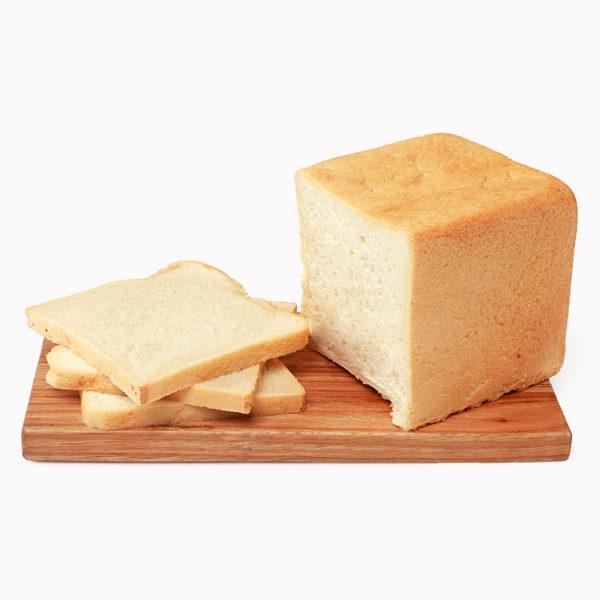 Тостовый белый хлеб